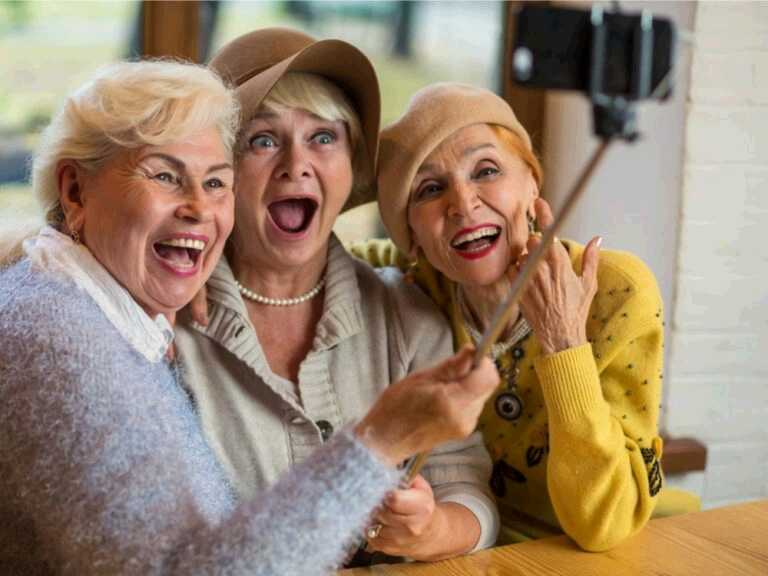 How Having a Rich Social Life May Lower Your Risk of Type 2 Diabetes